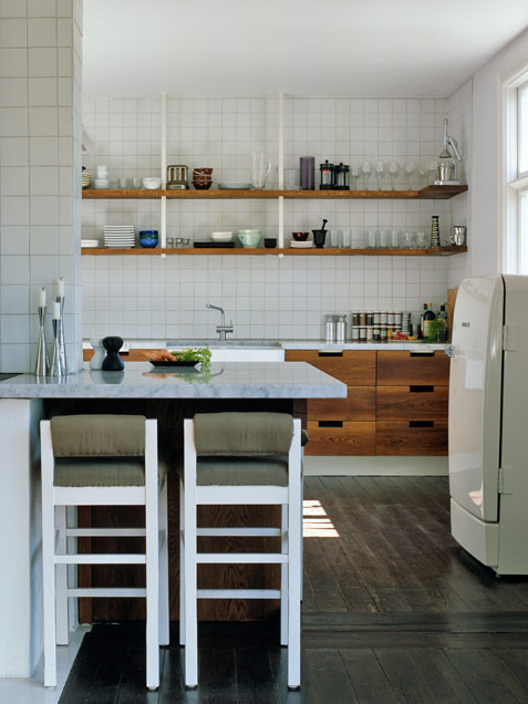 kitchen-wood-and-tile