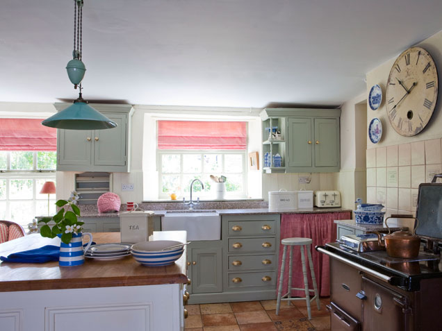 quaint-country-kitchen